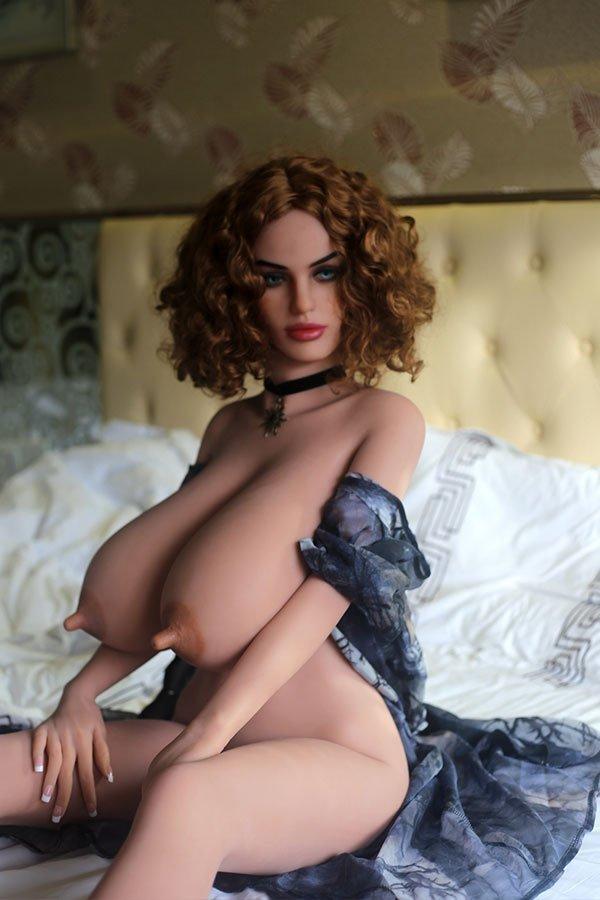 Emelda — Realistic WM Sex Doll